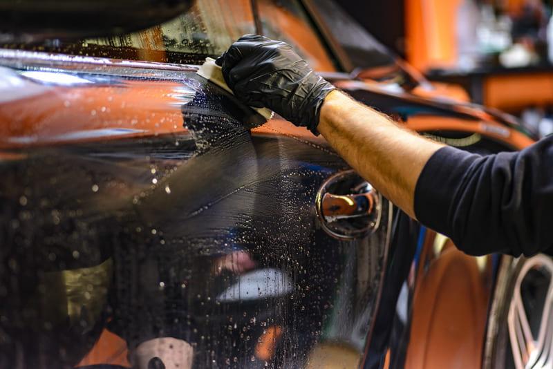 Миття авто в домашніх умовах.