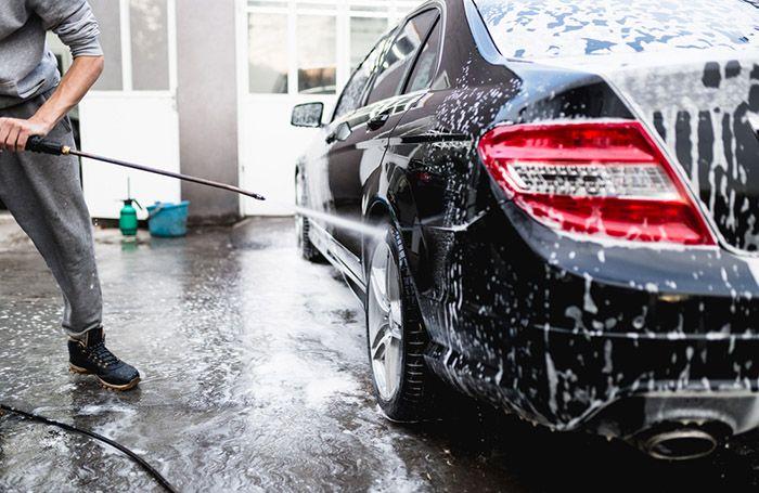 Особливості під час миття автомобіля.