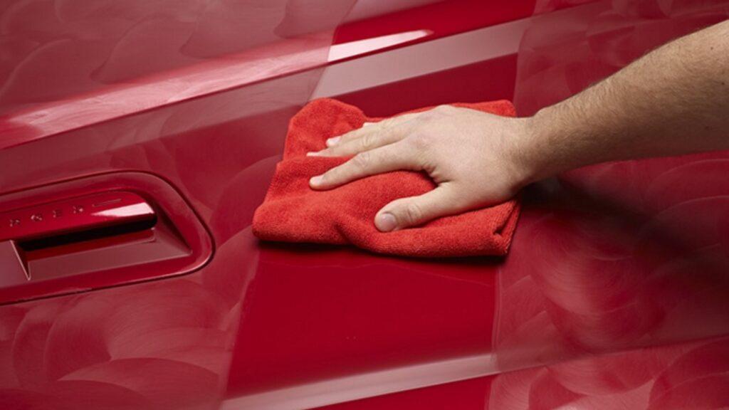 Як мити машину з воском.